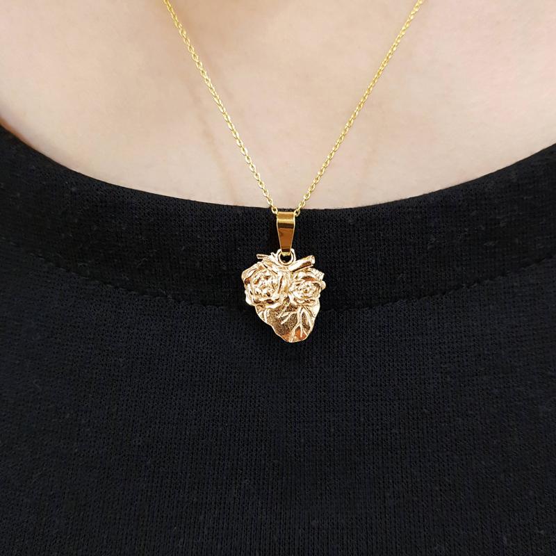 Pozłacane serce z łańcuszkiem