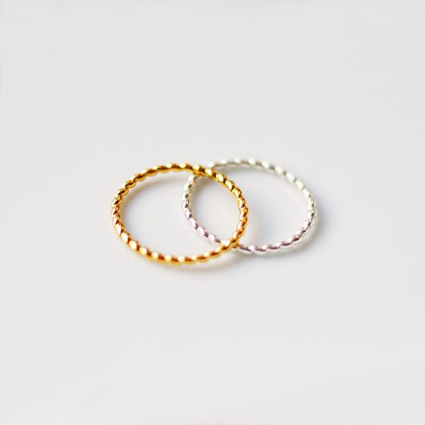Srebrny pierścionek Helisa