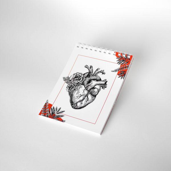 NOWY kieszonkowy notes z sercem anatomicznym