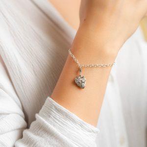 Srebrna bransoletka z sercem